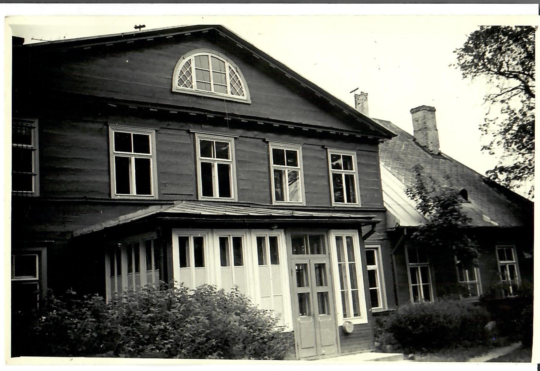 MRU ēdnīca 1972.gads. Tagad Dienas centra nams. (Foto no V.Kārkliņa arhīva)